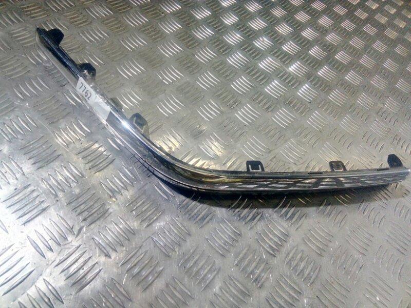 Молдинг левый заднего бампера Volvo S60 05-09 хром дефект