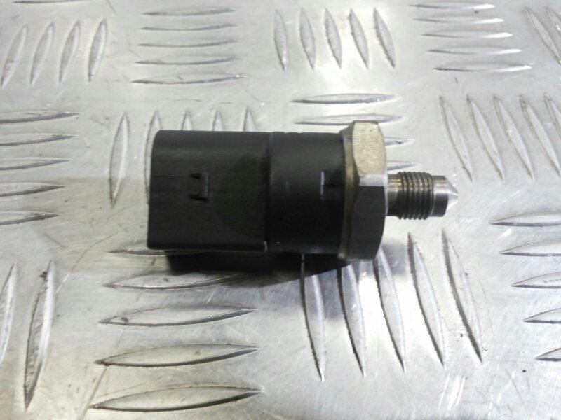 Датчик давления топлива Audi A8 D3 3.2 BKP 2006