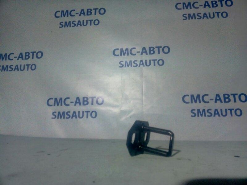Ответная часть замка багажника Volvo C30 С30 2.4 B5244S 2007 задняя