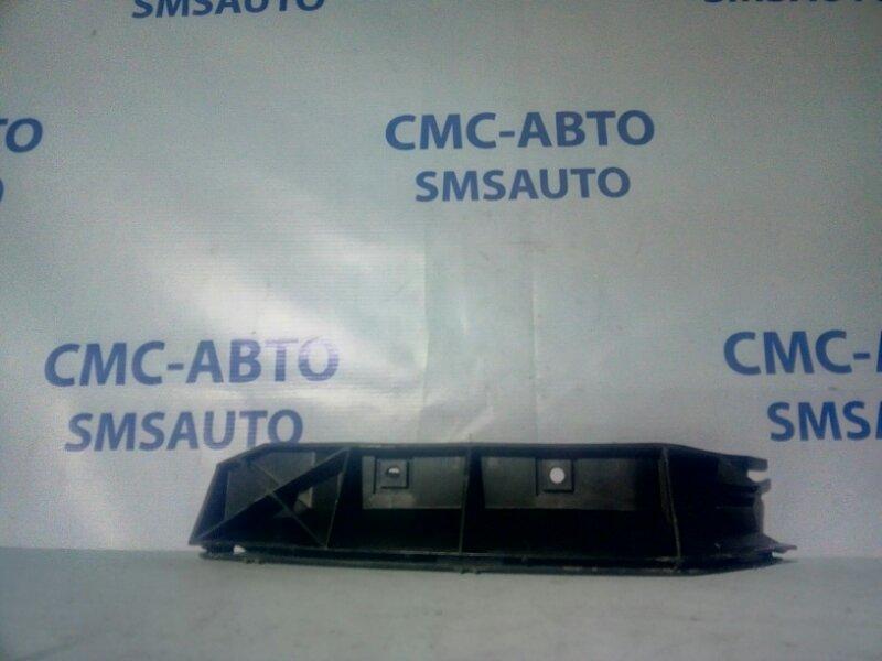 Кронштейн бампера под фонарь Volvo S40 2.4 B5244 2005 задний левый