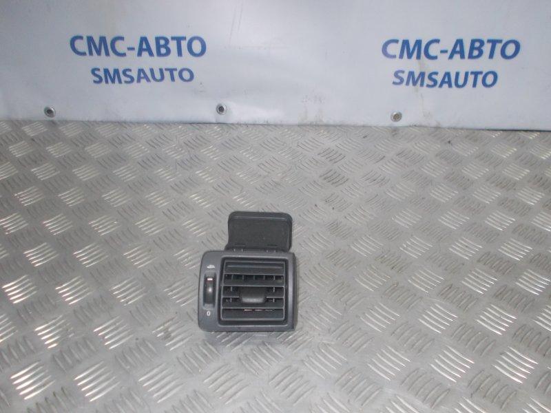 Дефлектор торпеды Volvo S40 2.4 B5244 2005 правый