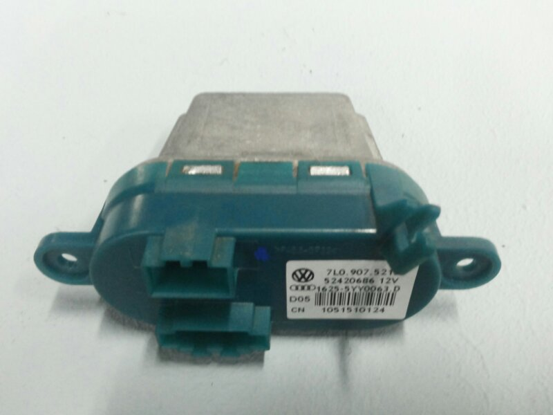 Резистор отопителя Audi Q7 4.2 BAR 2006
