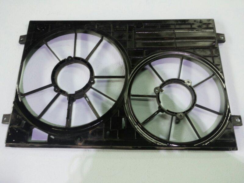 Диффузор вентилятора Volkswagen Passat B6 1.8 BZB 2006