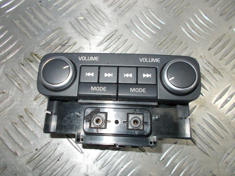 Блок управления сигнала магнитолы Volvo S80 С80 B8444S 4 2007 задний