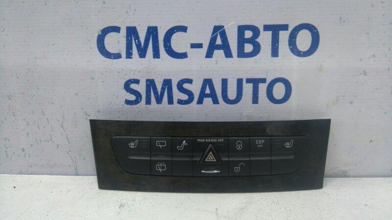 Блок кнопок передней панели Mercedes E-Class W211 E350 2005