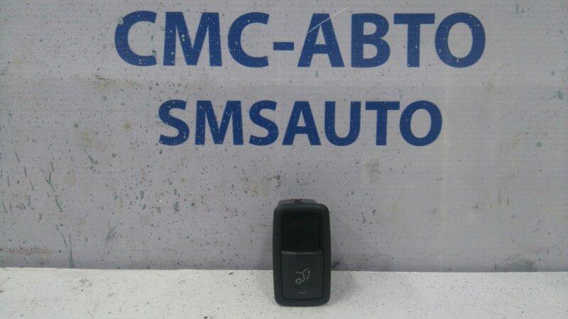 Кнопка багажника Mercedes R-Klasse W251 R350 2006 задняя