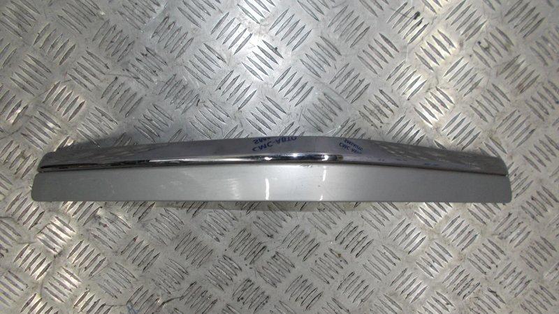 Молдинг правый заднего бампера Volvo S60 05-09 хром