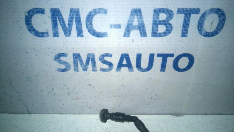 Форсунка двери багажника Mercedes R-Klasse W251 3.5