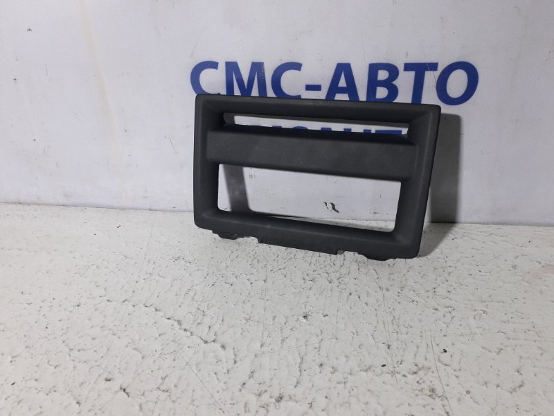 Рамка магнитолы S40 V50 С30