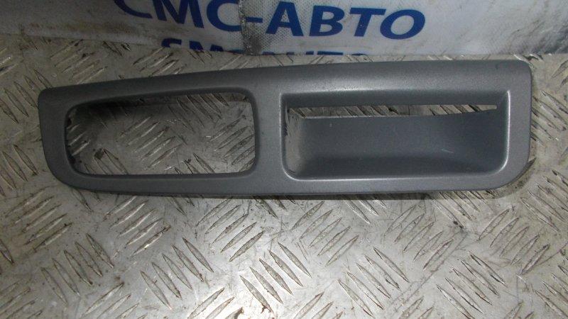 Накладка ручки двери внутренняя Volvo S40 2.0 2008 передняя левая