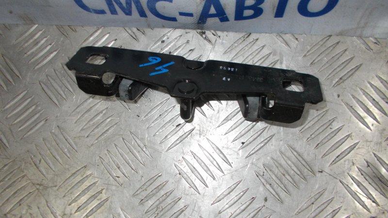 Ответная часть замка багажника Volvo S40 2.0 2008