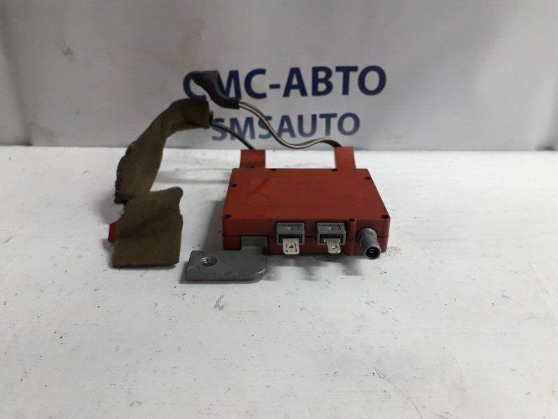 Усилитель антенны Volvo S60 2001