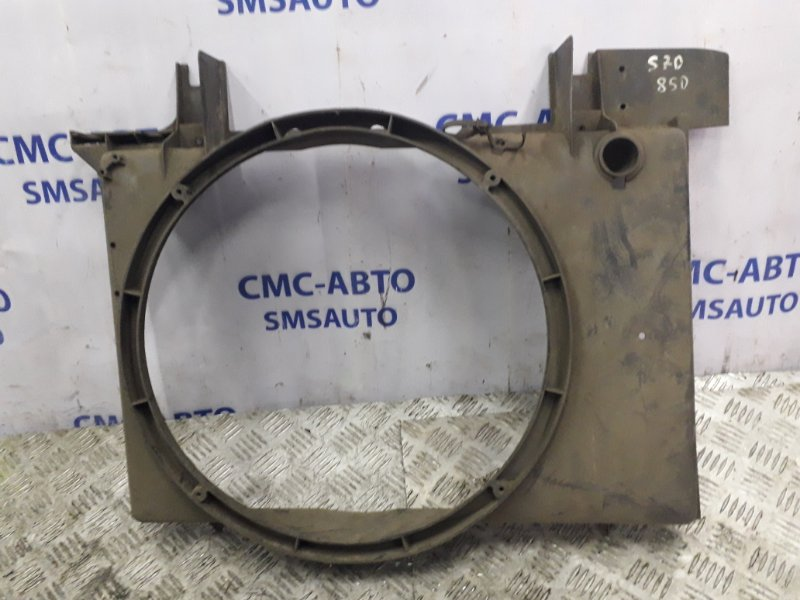Диффузор вентилятора охлаждения 6842765 Volvo S70 V70 850
