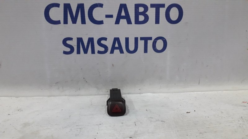 Кнопка аварийной сигнализации 9168302 9123682 Volvo S80 XC90