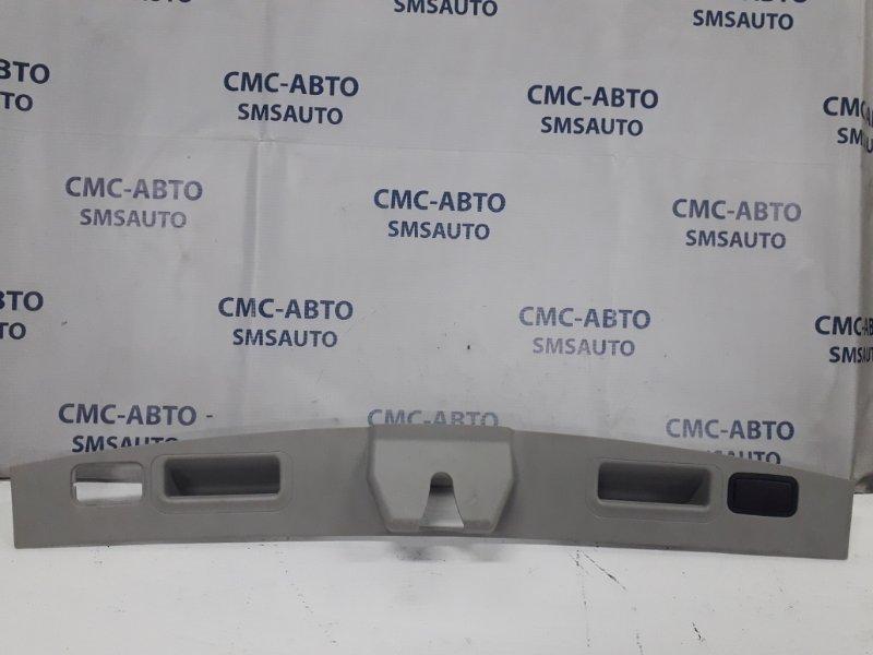 Накладка замка багажника Mercedes Ml W164 3.5 2005