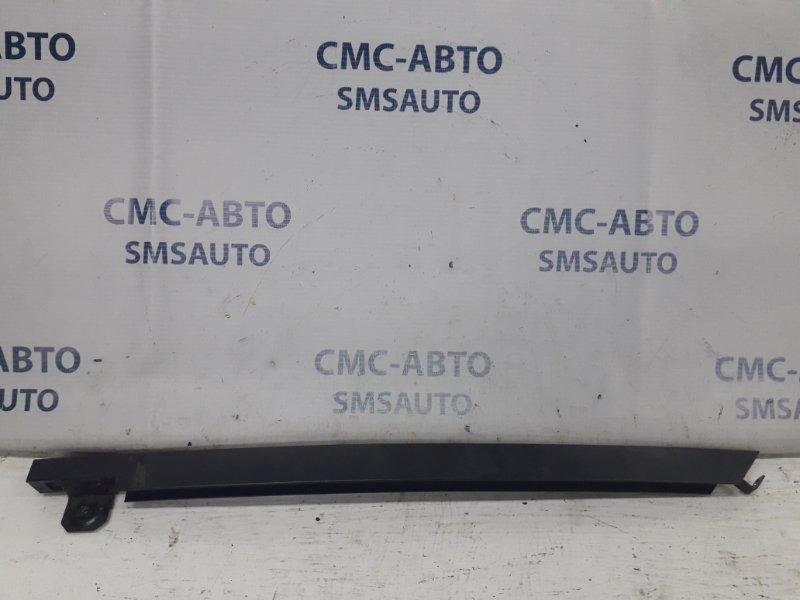 Направляющая стекла двери Mercedes Ml W164 3.5 2005 задняя левая
