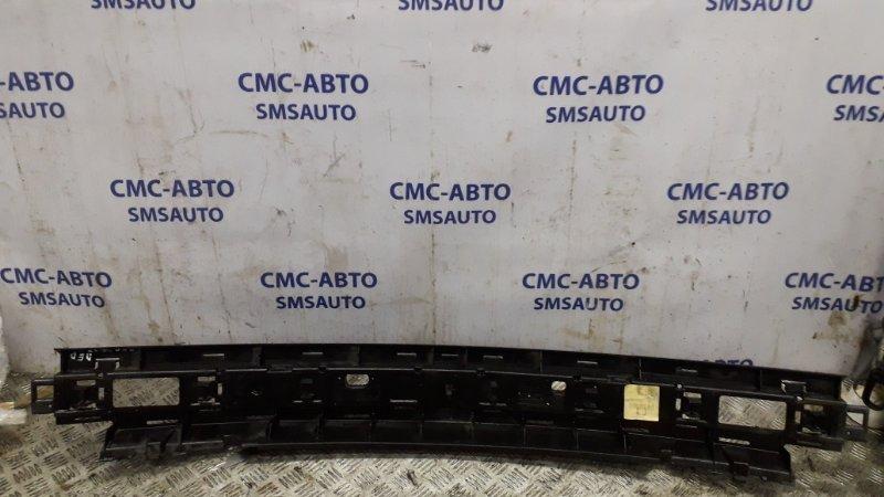 Усилитель переднего бампера 30851236 Volvo S40 96-00