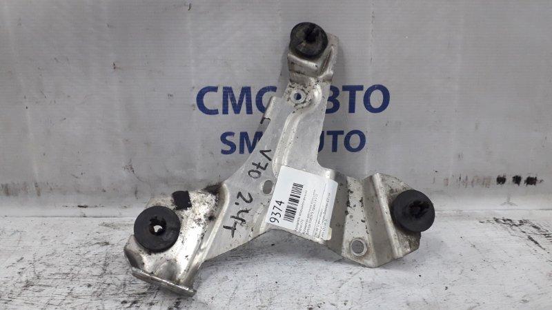 Кронштейн крепления воздушного фильтра 9142978 Volvo 2.4 V70