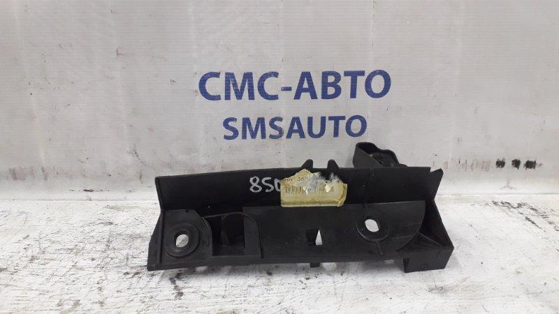 Кронштейн крепления воздушного фильтра 3528121 Volvo S70 V70 850
