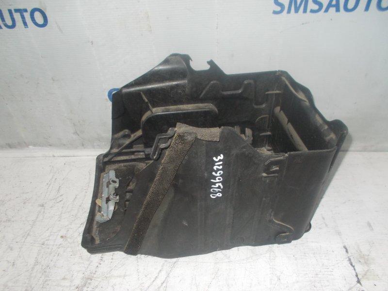 Крышка аккумулятора Volvo S60 1.6T 2010
