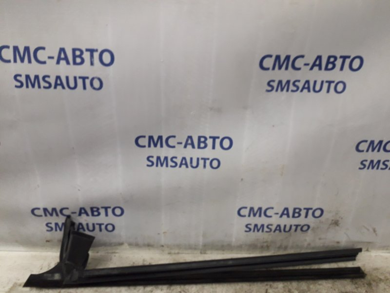 Направляющая стекла двери Mercedes Cls-Klasse W219 5.0 задняя левая