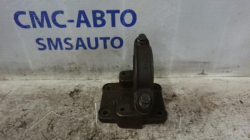 Кронштейн привода Volvo Xc90 4.4 2005 правый