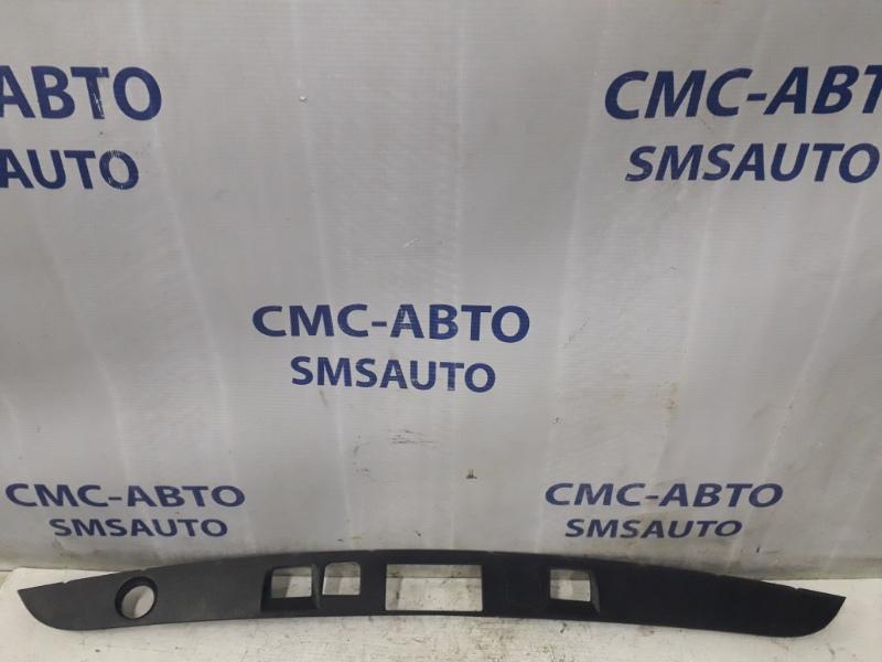 Накладка замка багажника Mercedes S-Klasse W221 S350
