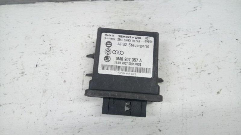 Блок управления светом Volkswagen Passat B6 2.0 2006