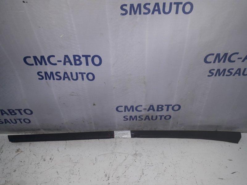 Молдинг лобового стекла левый XC70 08-