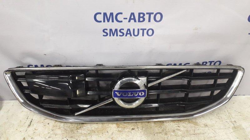 Решетка радиатора Volvo V40 1.6T 2013