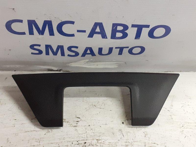 Накладка замка багажника Volvo V40 1.6T 2013