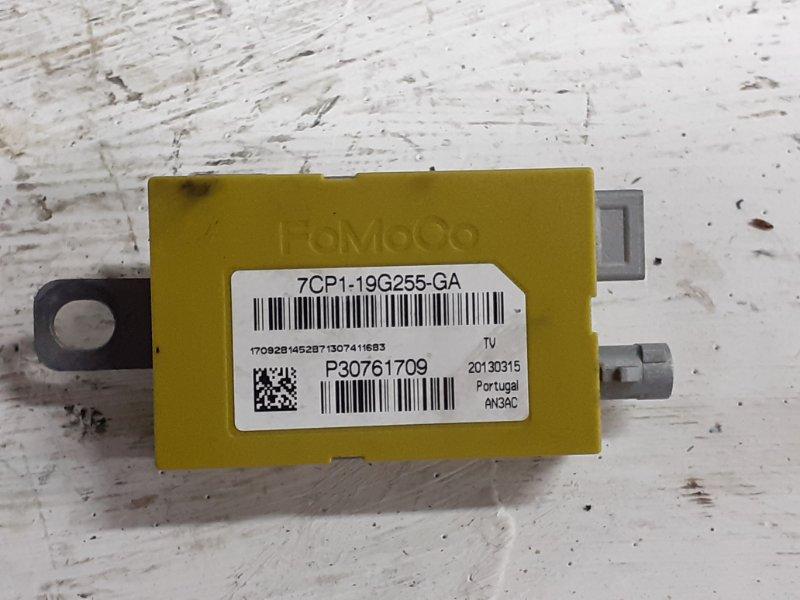 Усилитель антенны Volvo V40 1.6T 2013