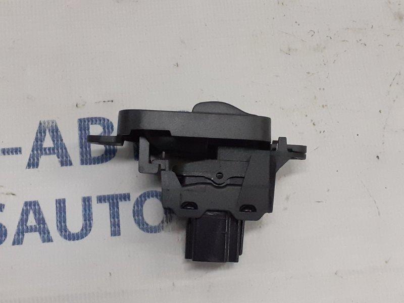 Кнопка стеклоподъемника Volvo S40 С40 2.4 2008