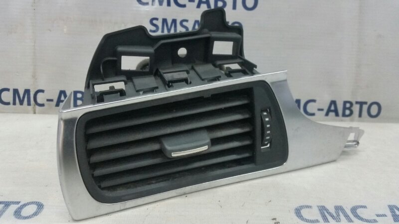 Дефлектор торпеды Audi A6 C7 3.0T левый