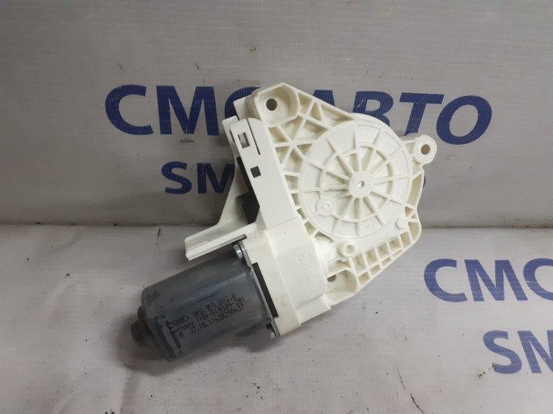 Моторчик стеклоподъемника Audi A6 C7 3.0T передний правый