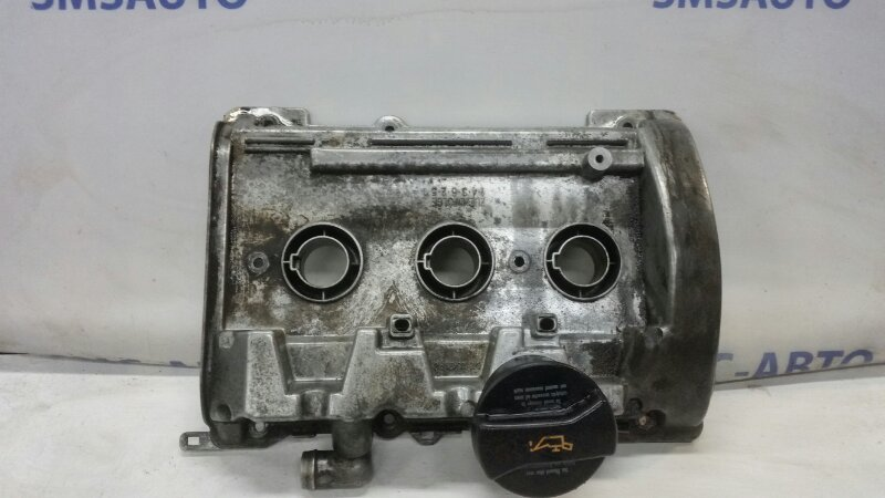 Клапанная крышка Audi Allroad C5 2.7T 2001