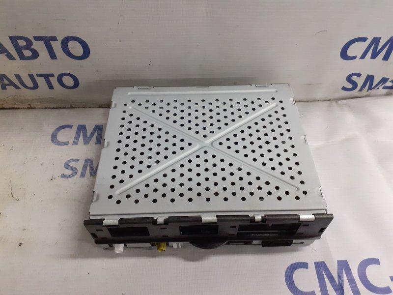 Блок управления сигнала магнитолы Audi A8 S8 5.2