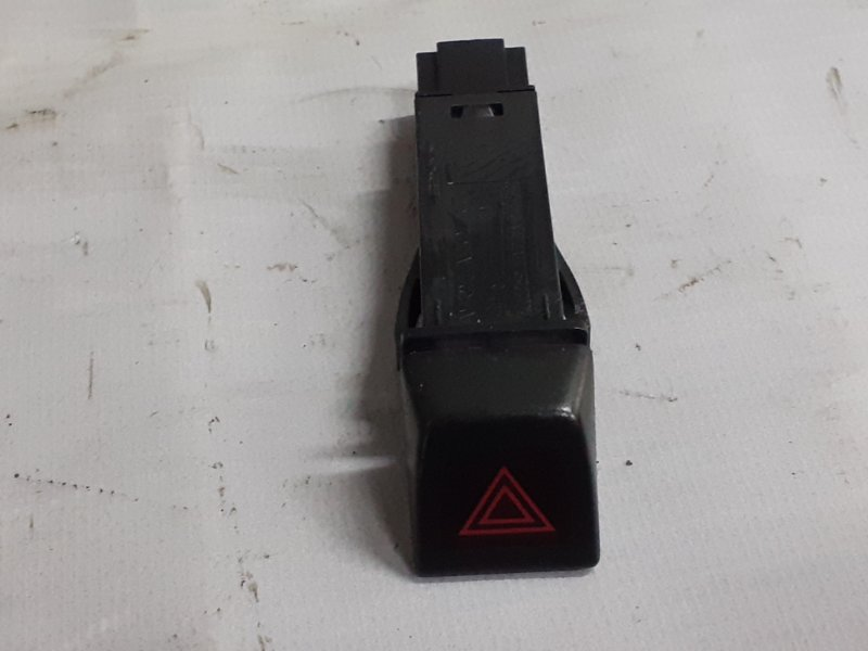 Кнопка аварийной сигнализации Volvo Xc60 ХС60 2.0T 2010