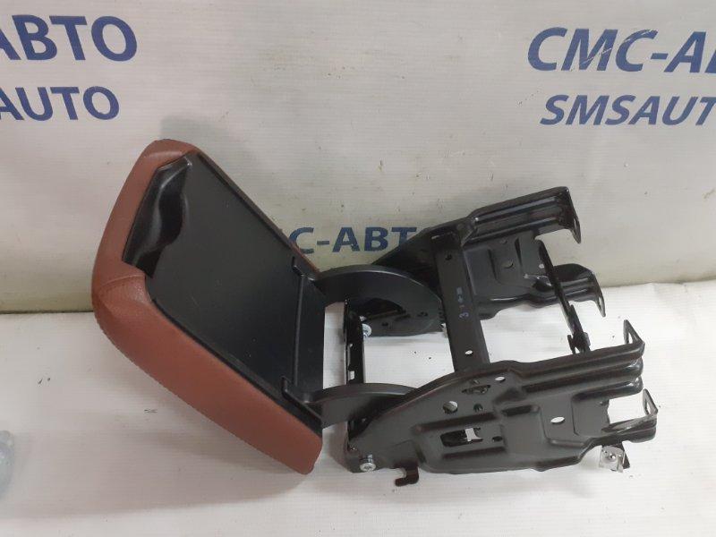 Крышка подлокотника Audi A4 8K 3.2