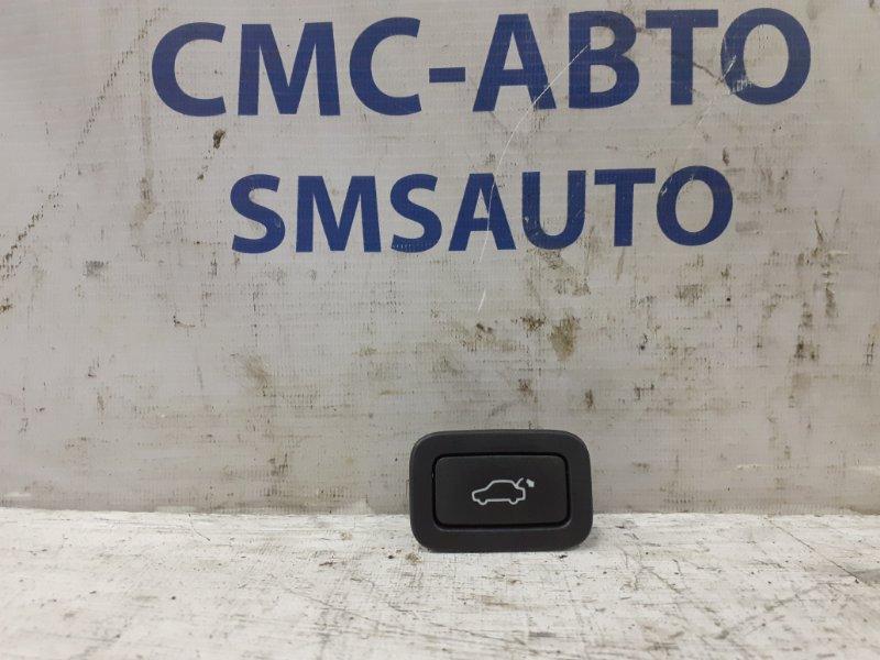 Кнопка багажника Volvo Xc70 2008