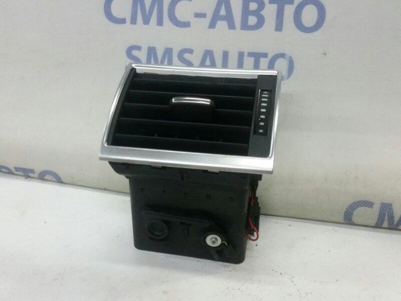 Дефлектор торпеды Audi A8 S8 5.2 левый