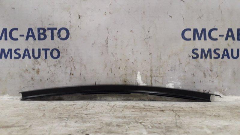 Направляющая стекла двери Mercedes C-Klasse W204 1.8Т 2008 задняя правая