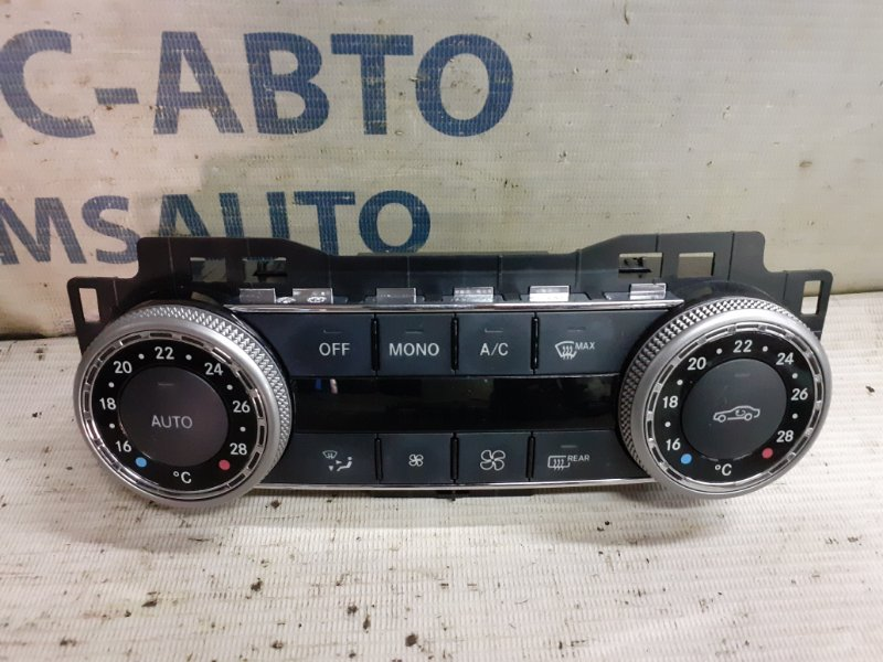 Блок управления климатом Mercedes C-Klasse W204
