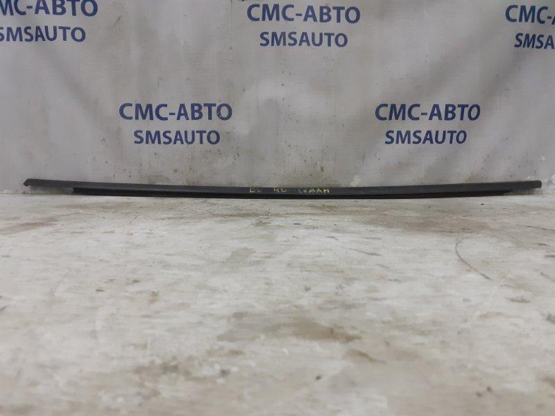 Молдинг стекла двери задний левый