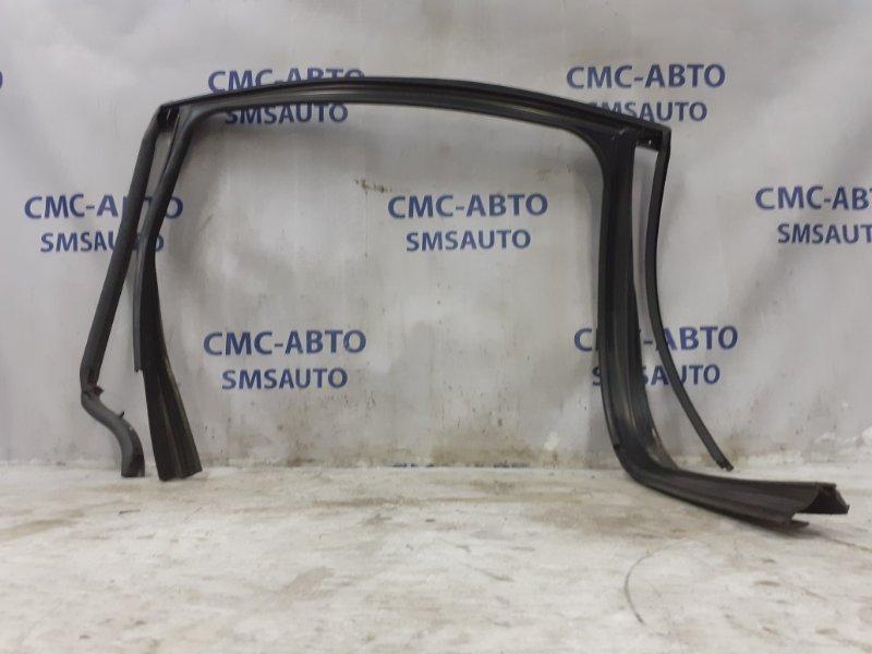 Уплотнитель стекла Volvo Xc60 ХС60 3.0T задний левый