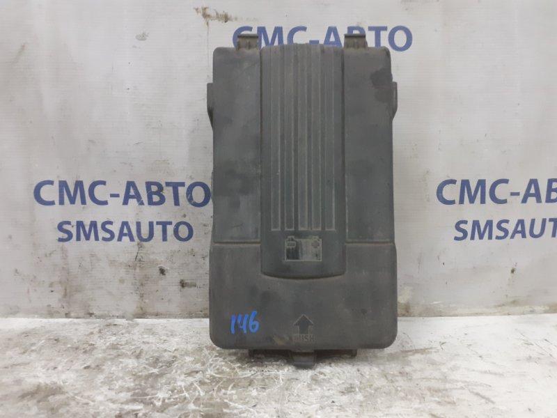 Крышка аккумулятора Volkswagen Tiguan 2.0T