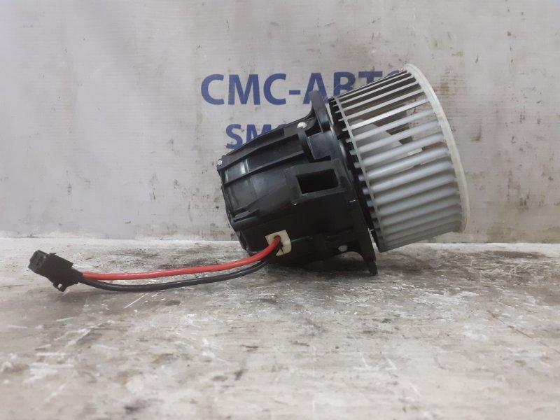 Мотор отопителя Audi Q5 передний