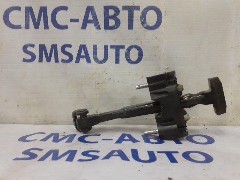 Ограничитель двери Volvo Xc60 ХС60 2.0T задний