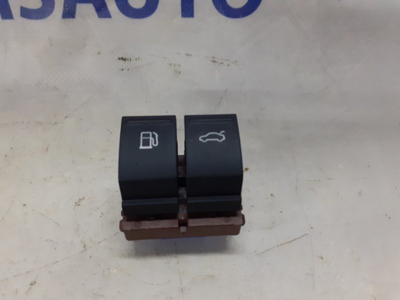 Кнопка бензобака Volkswagen Passat Cc 2.0 T