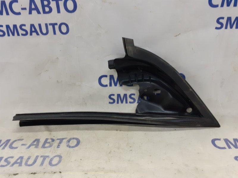 Уплотнитель двери Volkswagen Passat Cc 2.0 T правый